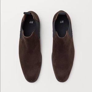 H&M • Brown Chelsea Boots